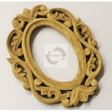 "Natural Vine Carved Vintage Oval Frame 9""x7""- No color"
